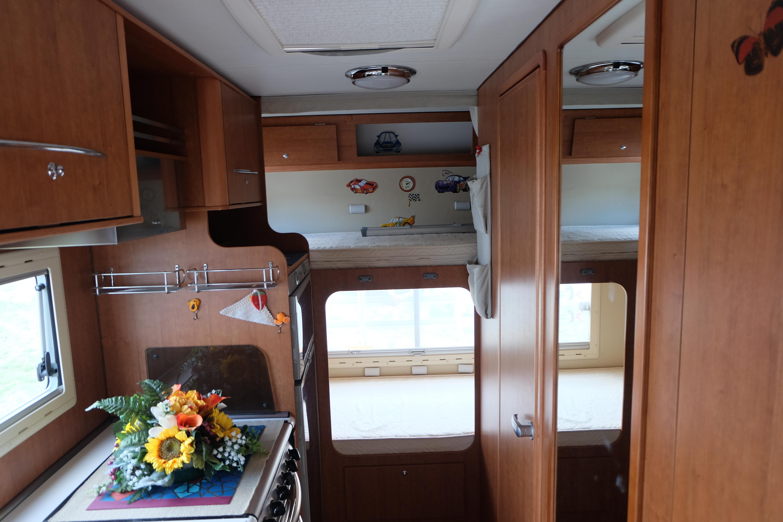 Autocaravan usato Arca: i letti a Castello - Abc Camper usati