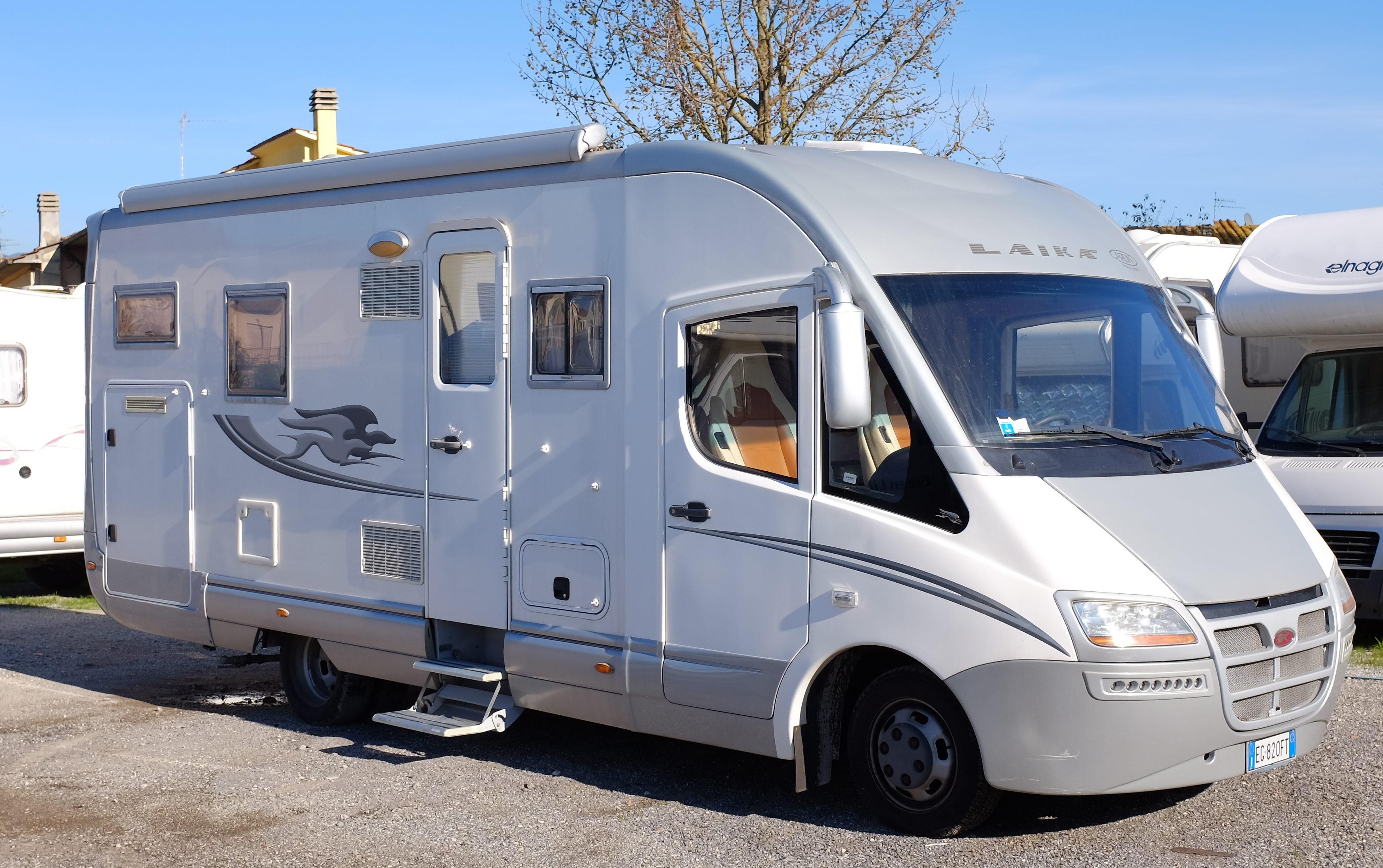 Motorhome usato laika rexosline 720 anno 2011 abc camper for Laika camper