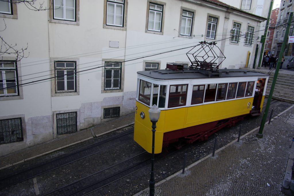 Tram a Lisbona Portogallo