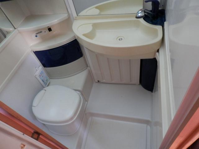 Hymer b 644 telaio alko km 53000 dic 2001 abc camper for Modificato un piano di cabina di telaio