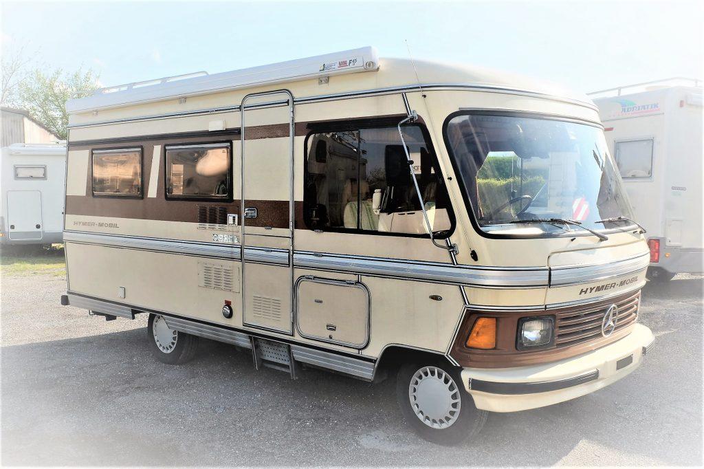 Anni 80.: Un bellissimo Hymer mobil 540 L, compatto con una dinette posteriore a ferro di cavallo, la disposizione che amo di più