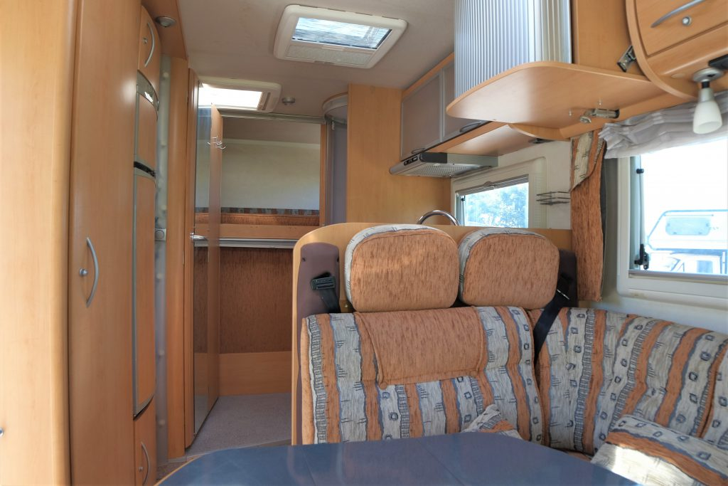 Motorhome usato Frankia Holiday Class I 650 ek, € 28.900  visibile Presso ABC Camper a Pistoia