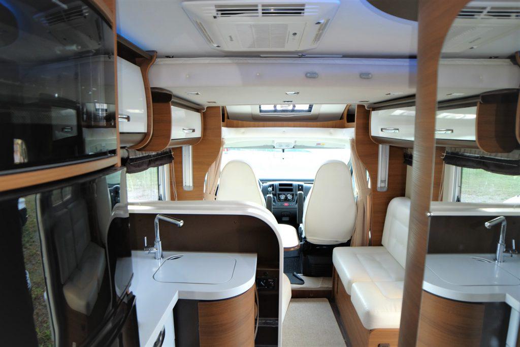 semintegrale con Garage Elnagh King 450G