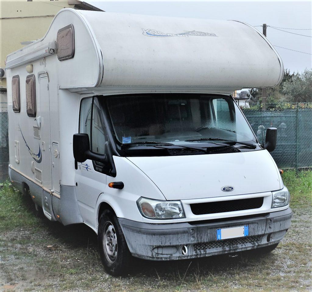 Rimor Katamarano 1, autocaravan superaccessoriato usato, del 2006 con 44.600 km