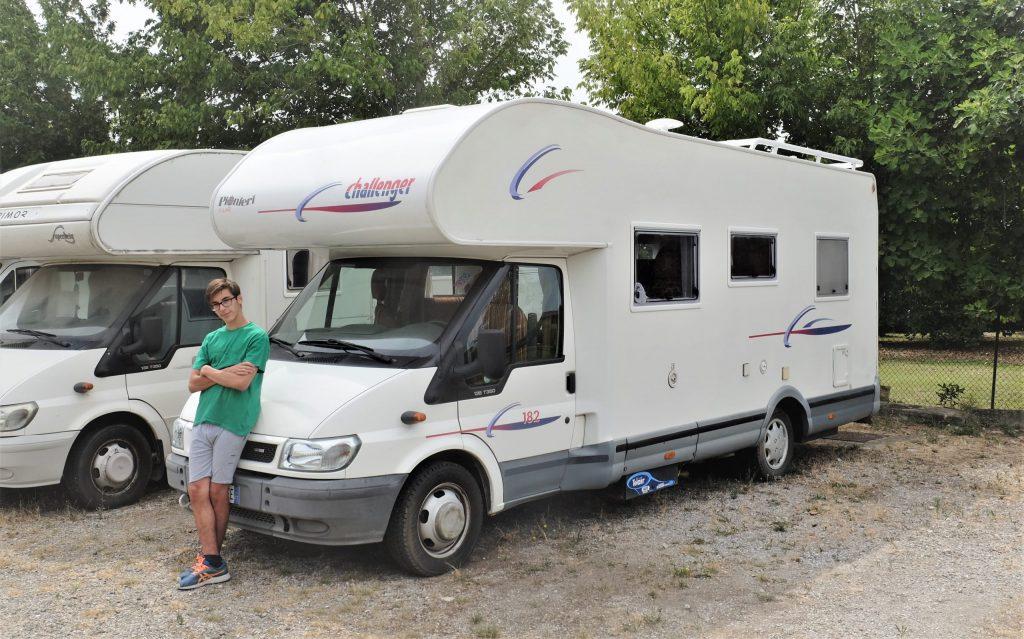 https://www.caravan.it/challenger-182-superaccessoriato-con-32700-km-anno-2005-doppio-matrimoniale/