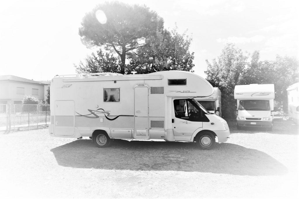 Rimor superbrig 677TC il camper usato con garage, da ABC Camper a Pistoia
